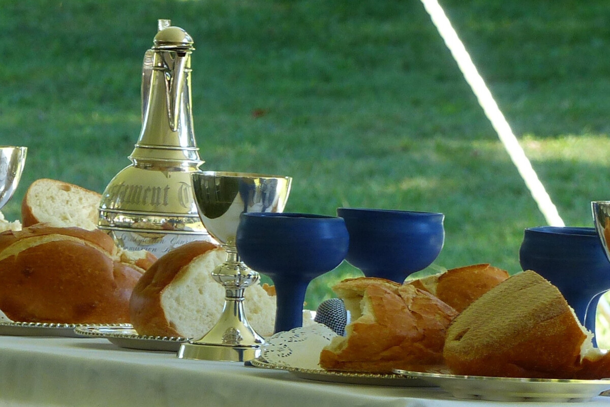 10am Worship Service with Holy Communion